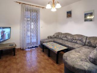 apartmán 4 - pohovka