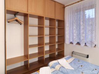 apartmán 4 - pokoj
