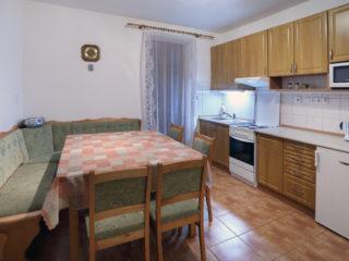 apartmán 3 - kuchyně