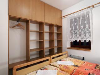 apartmán 2 - úložné prostory