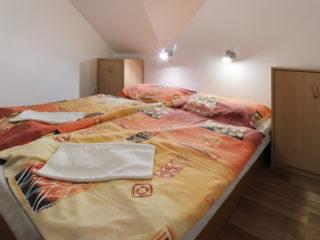 apartmán 5 - ložnice v podkroví
