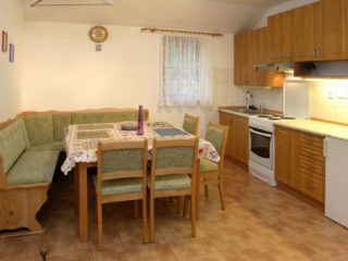 obývací pokoj a kuchyňka